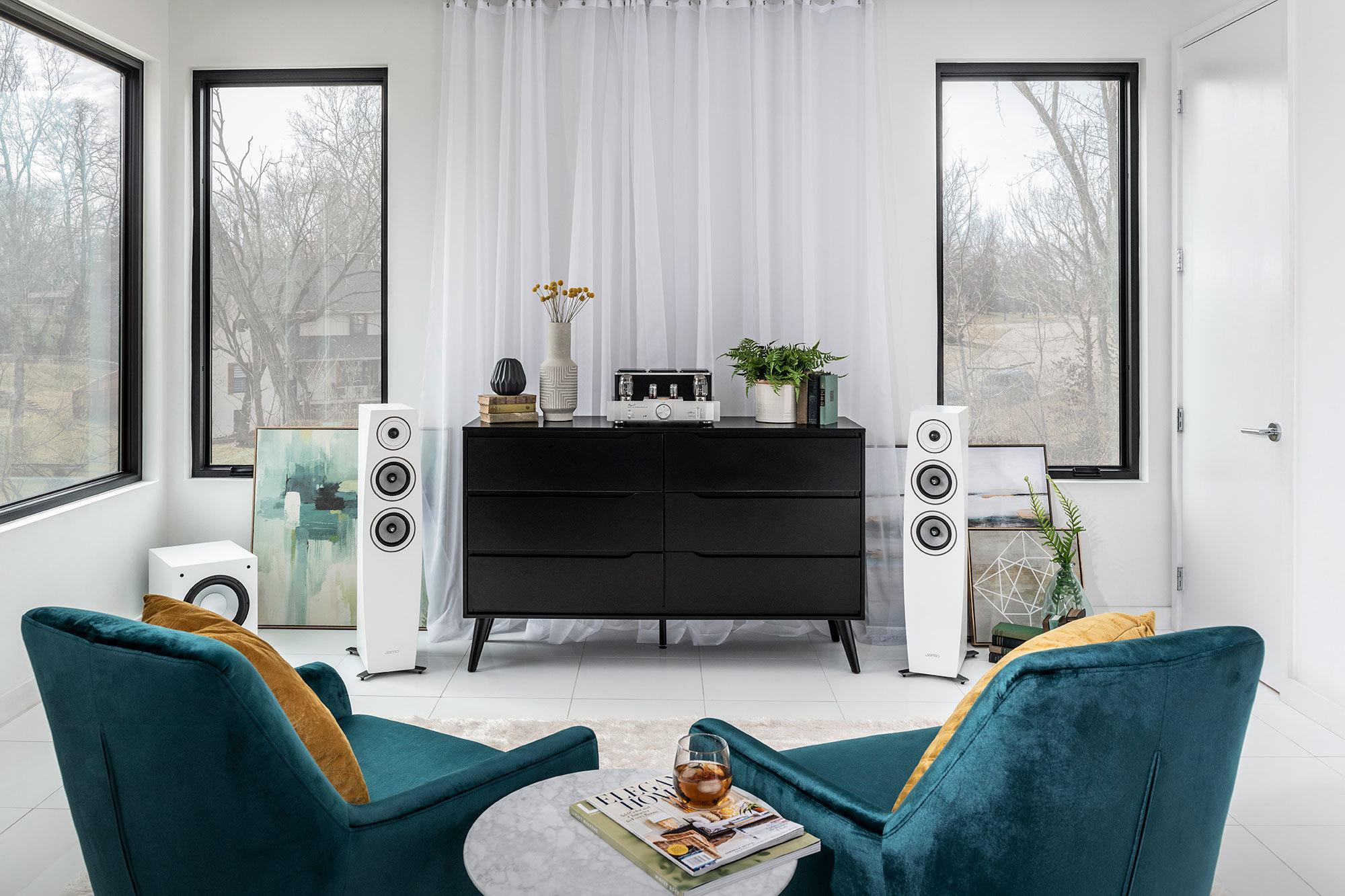Jamo Concert9 II living room